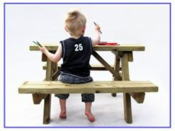 Kinder picknicktafel hout